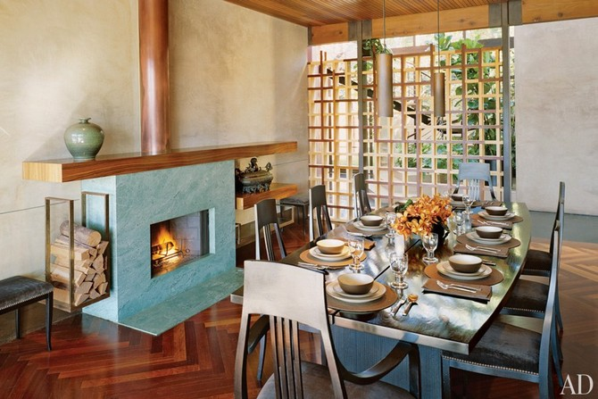 Demi Moore and Ashton Kutcher dining area design decorated by Marmol Radziner Dining room sets Dining room sets – best celebrities dining room ideas Dining room sets     best celebrities dining room ideas 17