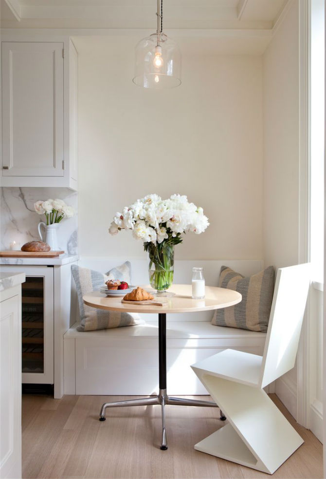 How to Decorate a Small Dining Room 5 Smart Small Dining Room Ideas Small Dining Room Ideas How to Decorate a Small Dining Room? 5 Smart Small Dining Room Ideas How to Decorate a Small Dining Room 5 Smart Small Dining Room Ideas 4