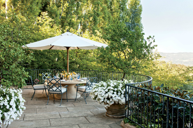 Get Inspired By These Fantastic Outdoor Dining Room Ideas dining room ideas Get Inspired By These Fantastic Outdoor Dining Room Ideas Get Inspired By These Fantastic Outdoor Dining Room Ideas 10