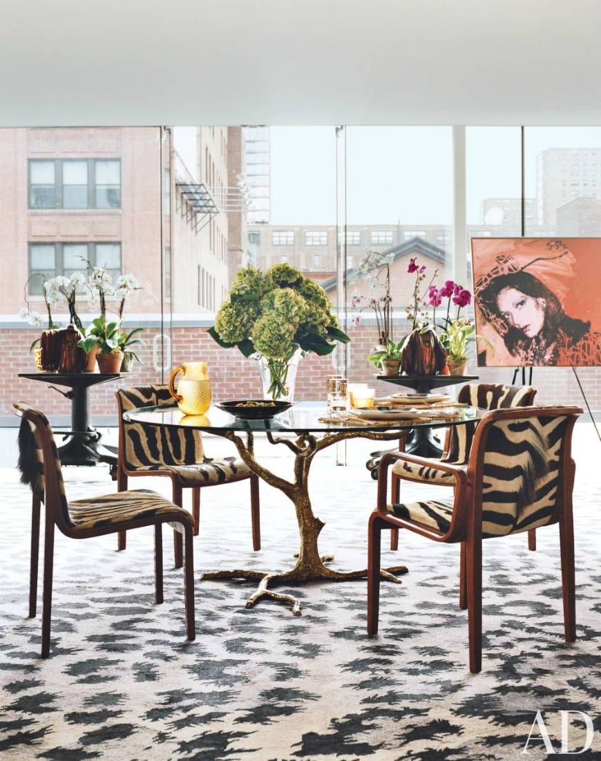 7 Must-Have Dining Room Tables For A Modern Atmosphere dining room tables 7 Must-Have Dining Room Tables For A Modern Atmosphere 10 Sophisticated Glass Dining Tables You Will Want To Have 6