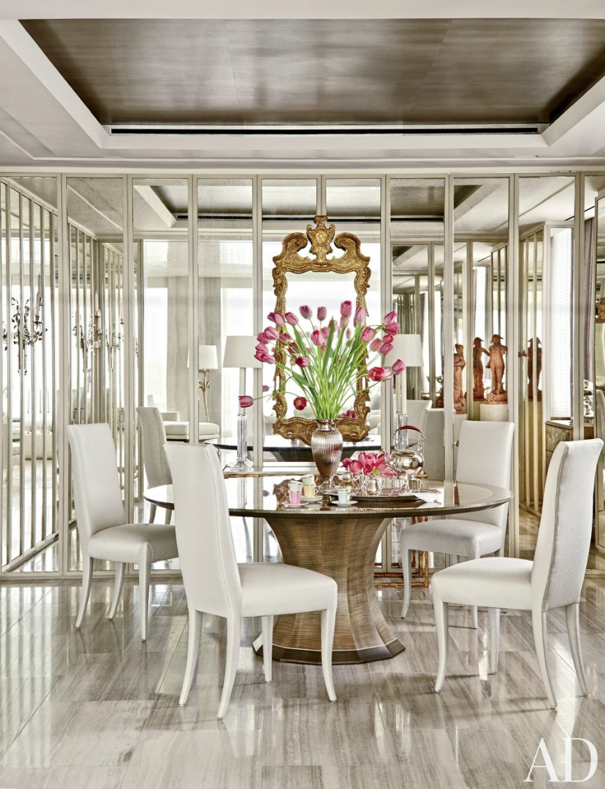 round dining tables 9 Round Dining Tables That Steal The Show 10 Sophisticated Glass Dining Tables You Will Want To Have 9