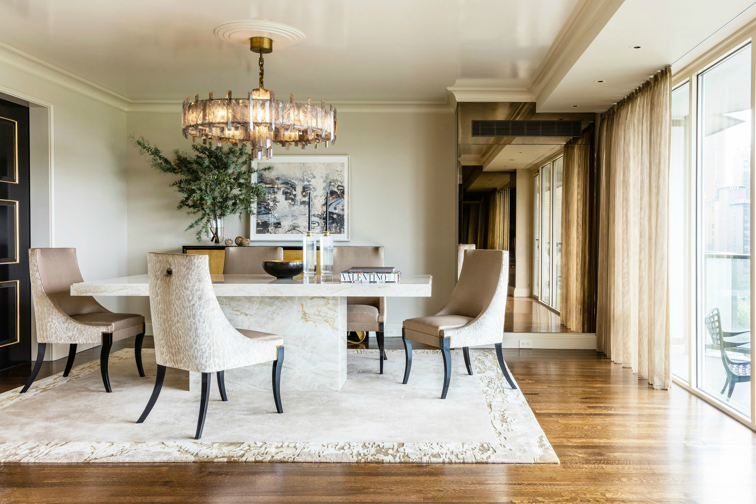 Sleek Dining Room Table Ideas You Will Want To Steal dining room table Sleek Dining Room Table Ideas You Will Want To Steal Sleek Dining Room Table Ideas You Will Want To Steal 7
