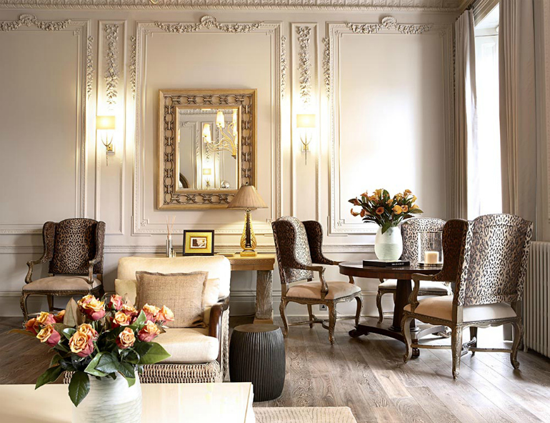 The Most Stunning Dining Room Sets By London Interior Designers dining room ideas The Most Stunning Dining Room Ideas By London Interior Designers The Most Stunning Dining Room Ideas By London Interior Designers 4