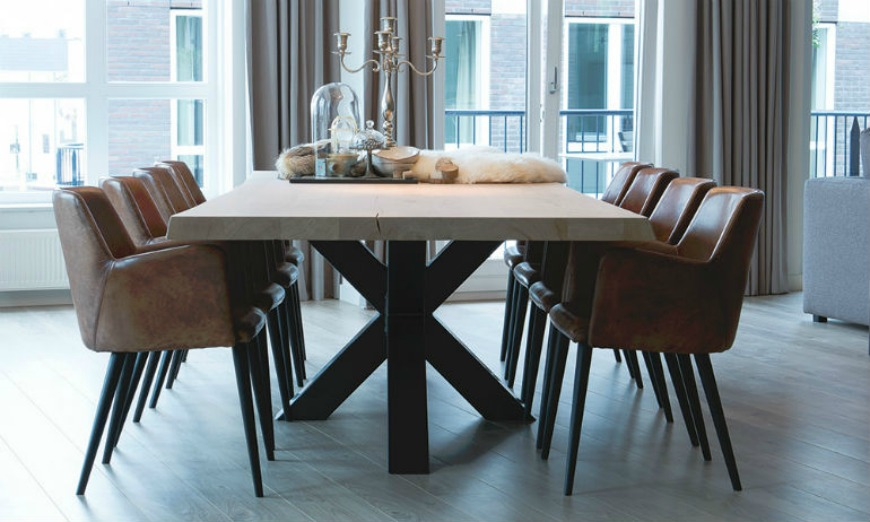 7 More Unique Chairs That Will Transform Your Space dining room chairs 7 More Unique Dining Room Chairs That Will Transform Your Space kede5 1