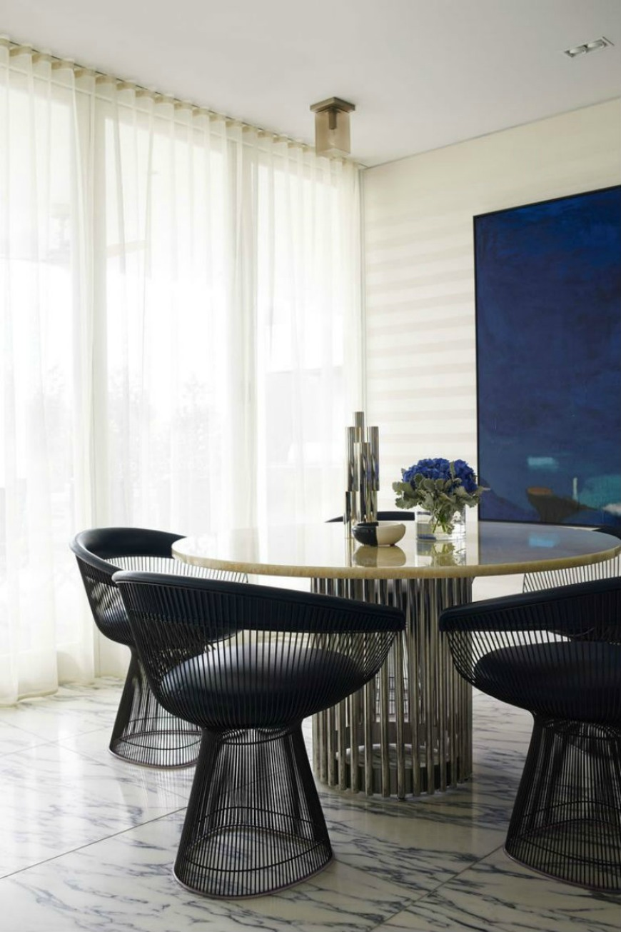 7 More Unique Chairs That Will Transform Your Space dining room chairs 7 More Unique Dining Room Chairs That Will Transform Your Space kede6 1