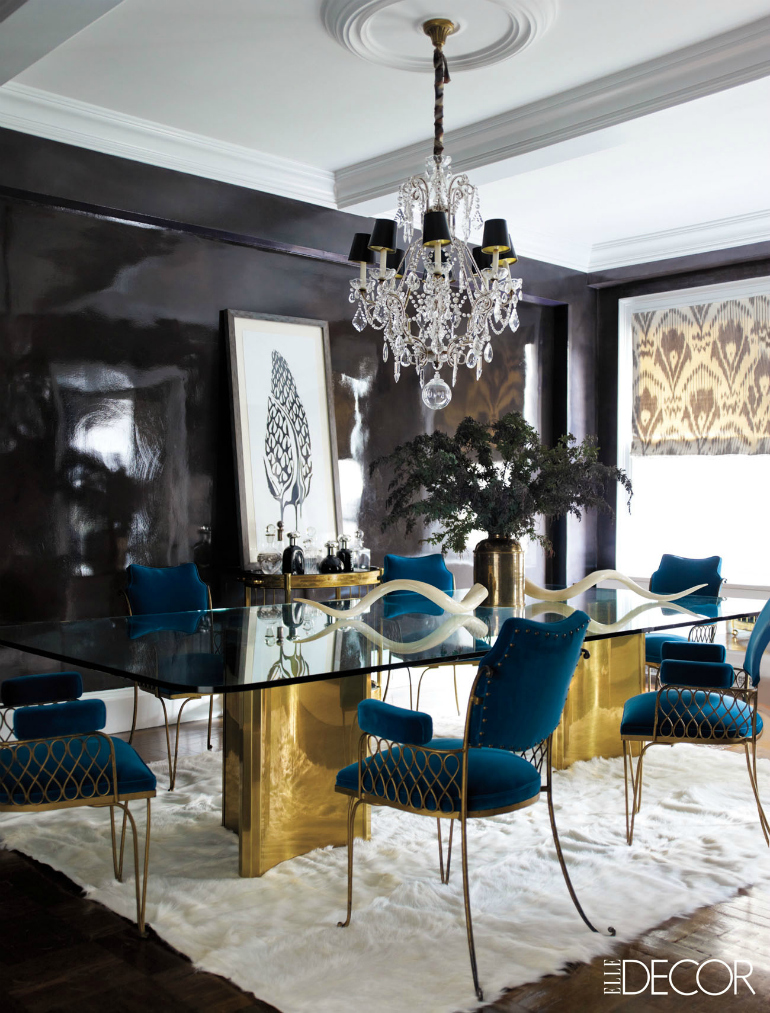 Amazing Interiors with Large Dining Room Tables Dining Room Tables 8 Amazing Interiors With Large Dining Room Tables 10 Dining Room Sets With Smashing Gold Appointments 10