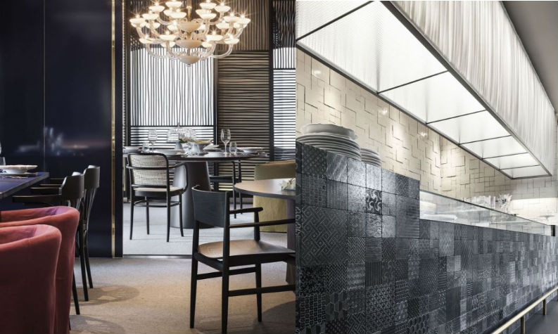 Top 6 Iconic Hospitality Design Projects by Piero Lissoni We Love piero lissoni Top 6 Iconic Hospitality Design Projects by Piero Lissoni We Love Top 6 Iconic Hospitality Design Projects by Piero Lissoni We Love La Mantia restaurant Milan 4