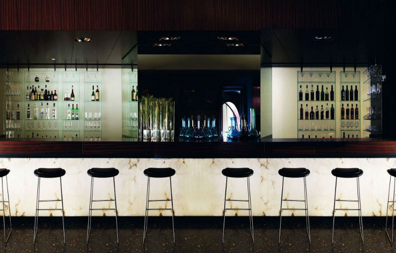 piero lissoni Top 6 Iconic Hospitality Design Projects by Piero Lissoni We Love Top 6 Iconic Hospitality Design Projects by Piero Lissoni We Love scala2