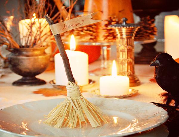 mesmerising-halloween-dining-room-table-ideas