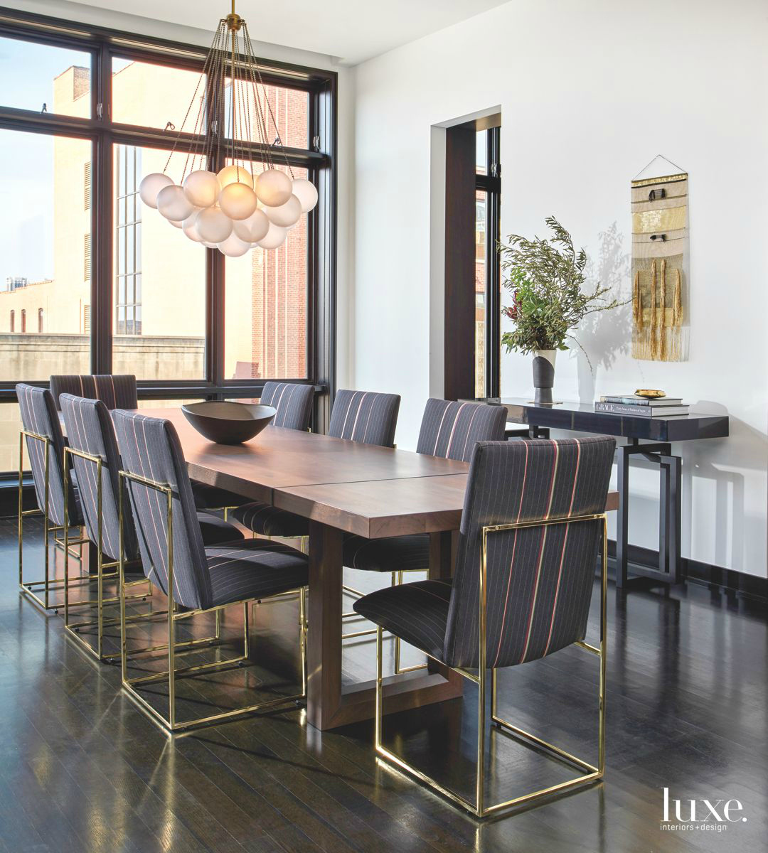 10 Dazzling Dining Room Design Ideas From LuxeSource To Copy Right Now dining room ideas 10 Dazzling Dining Room Ideas From LuxeSource To Copy Right Now 10 Dazzling Dining Room Ideas From LuxeSource To Copy Right Now 3