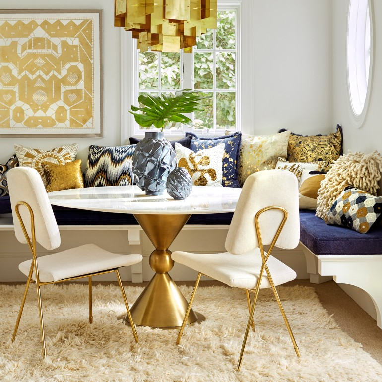 10 Beautiful Neutral Dining Room Rugs That You Will Covet dining room rugs 10 Beautiful Neutral Dining Room Rugs That You Will Covet 10 Beautiful Neutral Dining Room Rugs That You Will Covet 5