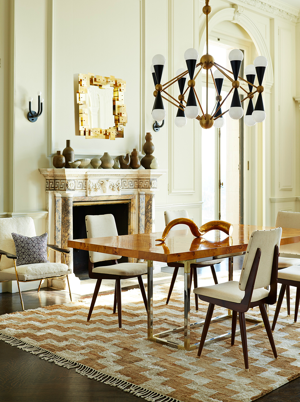 10 Beautiful Neutral Dining Room Rugs That You Will Covet dining room rugs 10 Beautiful Neutral Dining Room Rugs That You Will Covet 10 Beautiful Neutral Dining Room Rugs That You Will Covet 6 1