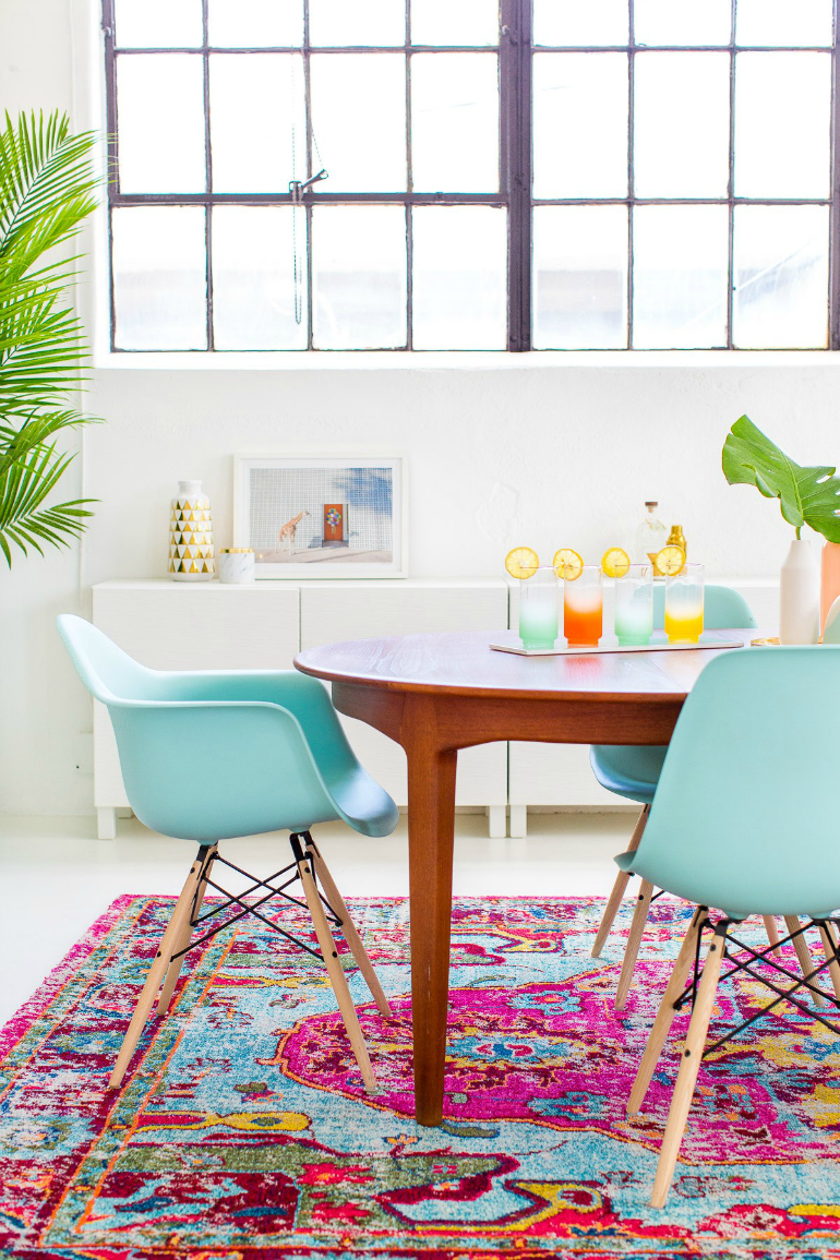 9 Dining Room Decorating Ideas That Will Be Trendy This Summer 7 dining room decorating ideas 9 Dining Room Decorating Ideas That Will Be Trendy This Summer 9 Dining Room Decorating Ideas That Will Be Trendy This Summer 7