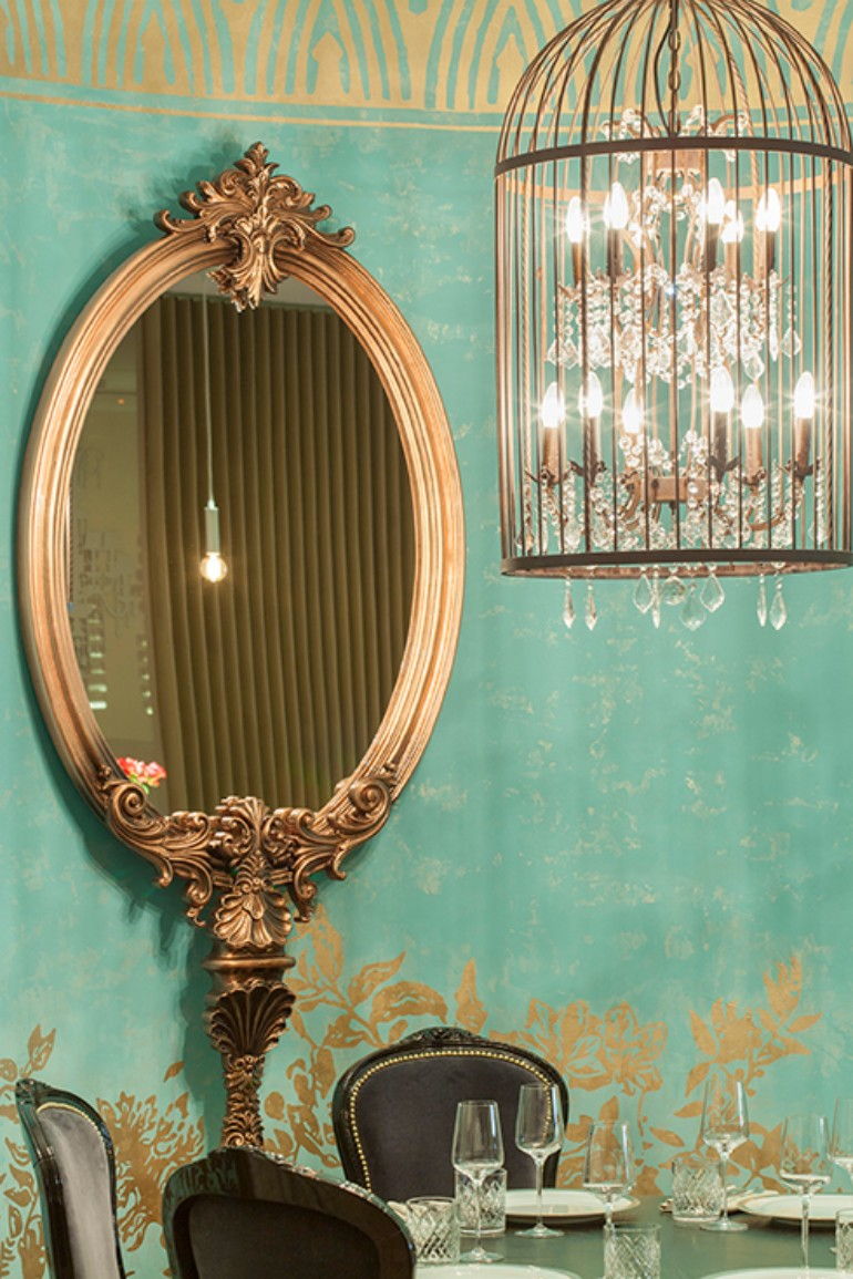 dining room mirrors 10 Dining Room Mirrors That Steal The Show 10 Dining Room Mirrors That Steal The Show 4