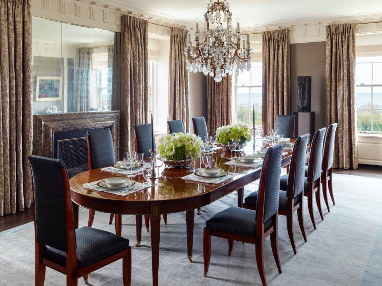 20 Light-Filled Dining Room Designs To Inspire Yourself 4