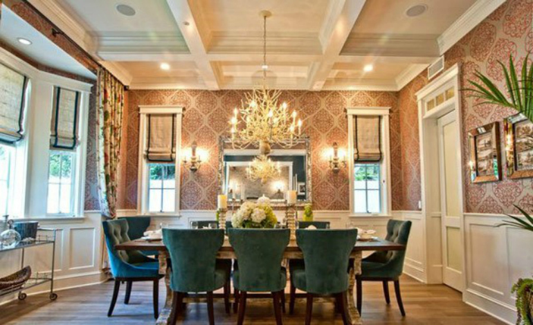 8 Wonderful Reasons To Add Flowers To Your Dining Room Decor dining room decor 8 Wonderful Reasons To Add Flowers To Your Dining Room Decor 8 Wonderful Reasons To Add Flowers To Your Dining Room Decor 3