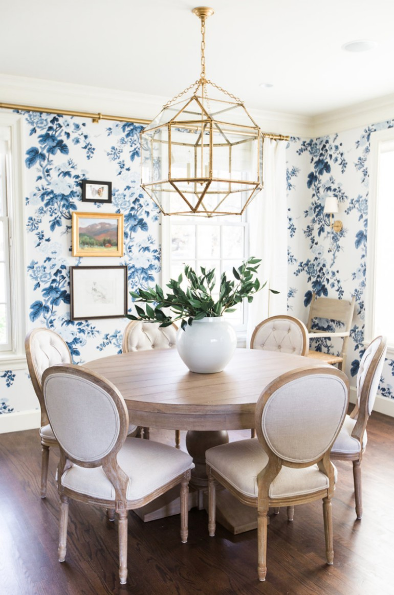 Top 8 Stunning Dining Room Lights For A Modern Home  dining room lights Top 8 Stunning Dining Room Lights For A Modern Home 9 Dazzling Dining Room Lights That Will Transform Any D  cor 7
