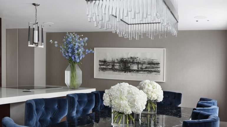 How To Create A Luxury Dining Room Decor Like Oliver Burns luxury dining room How To Create A Luxury Dining Room Decor Like Oliver Burns 3 1 e1499955008357