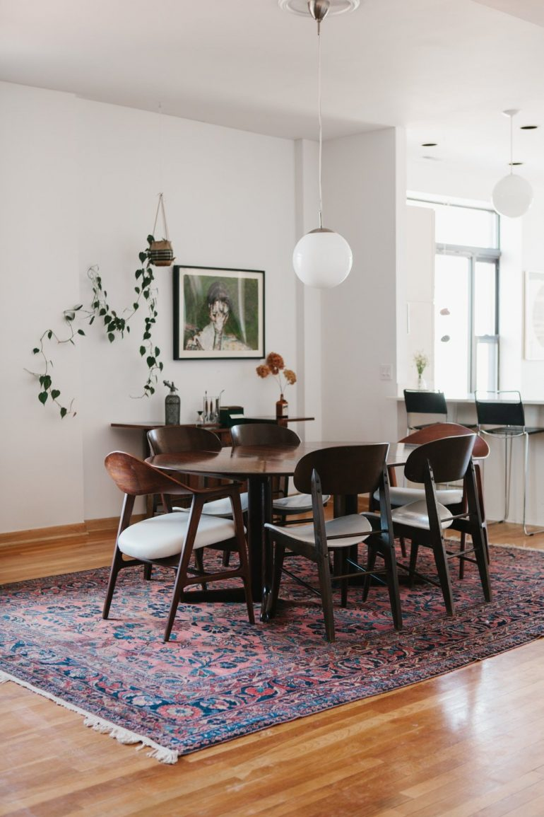 9 Beautiful Modern Dining Room Chairs That Steal The Show modern dining room chairs 9 Beautiful Modern Dining Room Chairs That Steal The Show 66b81c20ed3af8712808ffda69ea82d6559f5c13 e1499878714162