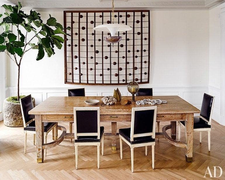 8 Centerpieces That Will Spice Up A Modern Dining Room Table modern dining room table 8 Centerpieces That Will Spice Up A Modern Dining Room Table 7 Centerpieces That Will Spice Up Modern Dining Room Table 3 e1501521158313