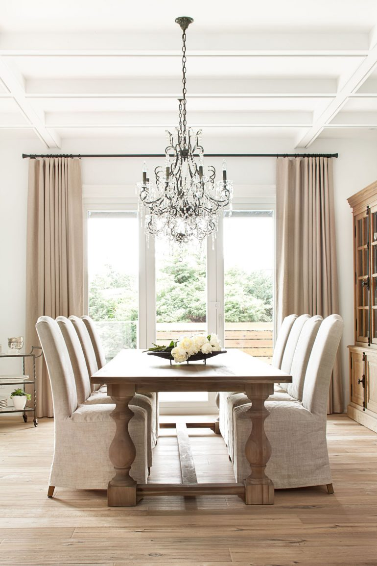 7 Dining Room Chandeliers That Dreams Are Made Of | dining room ideas, dining room decor, chandeliers #diningroomideas #diningroomdecor #diningroomchandeliers
