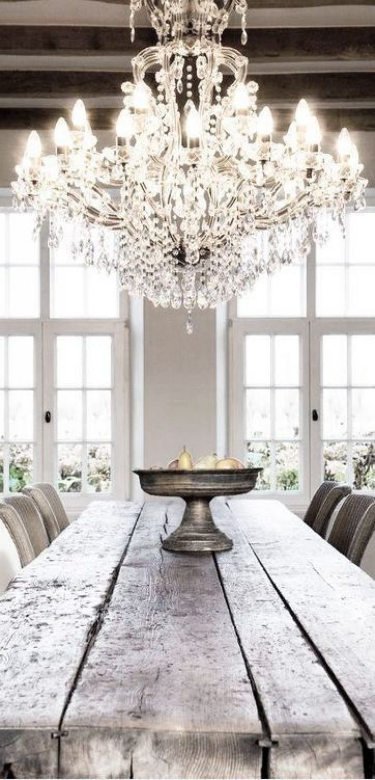 dining room chandeliers 7 Dining Room Chandeliers That Dreams Are Made Of 7 Dining Room Chandeliers That Dreams Are Made Of 5 e1501778588657
