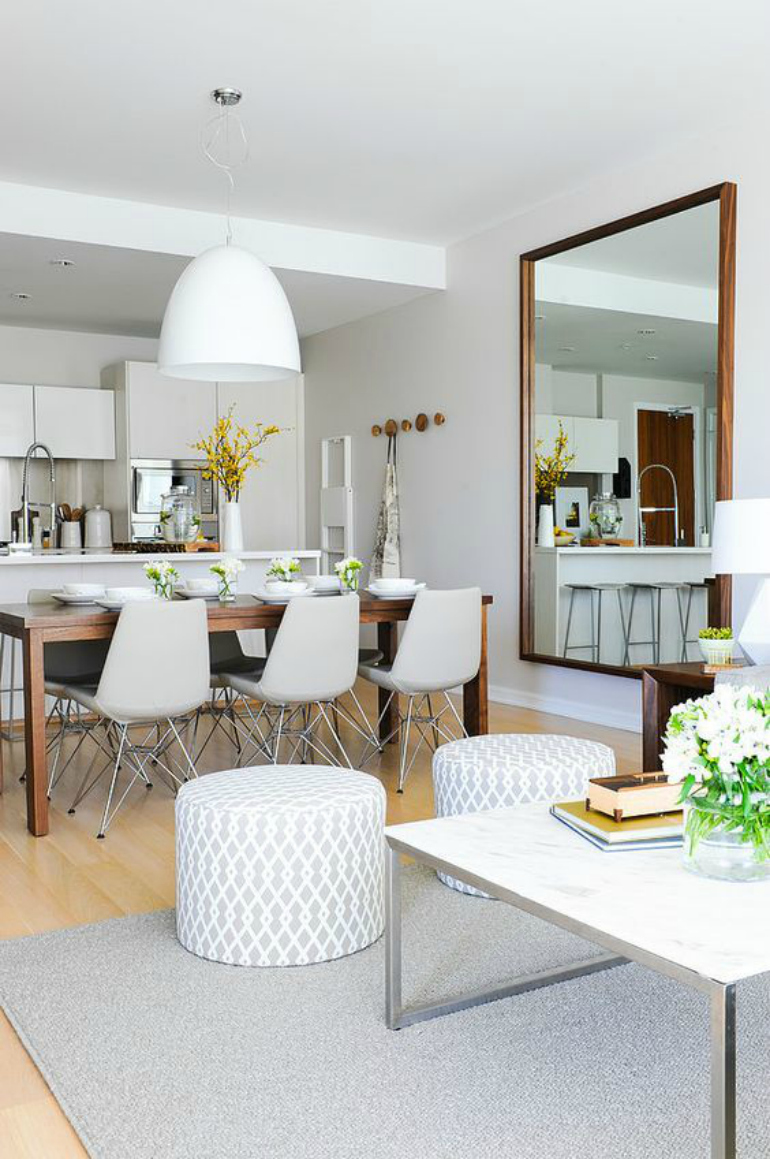 7 Dining Room Mirrors That Boost The Style Of Your Dining Room dining room mirrors 7 Dining Room Mirrors That Boost The Style Of Your Dining Room 7 Dining Room Mirrors That Boost The Style Of Your Dining Room 6