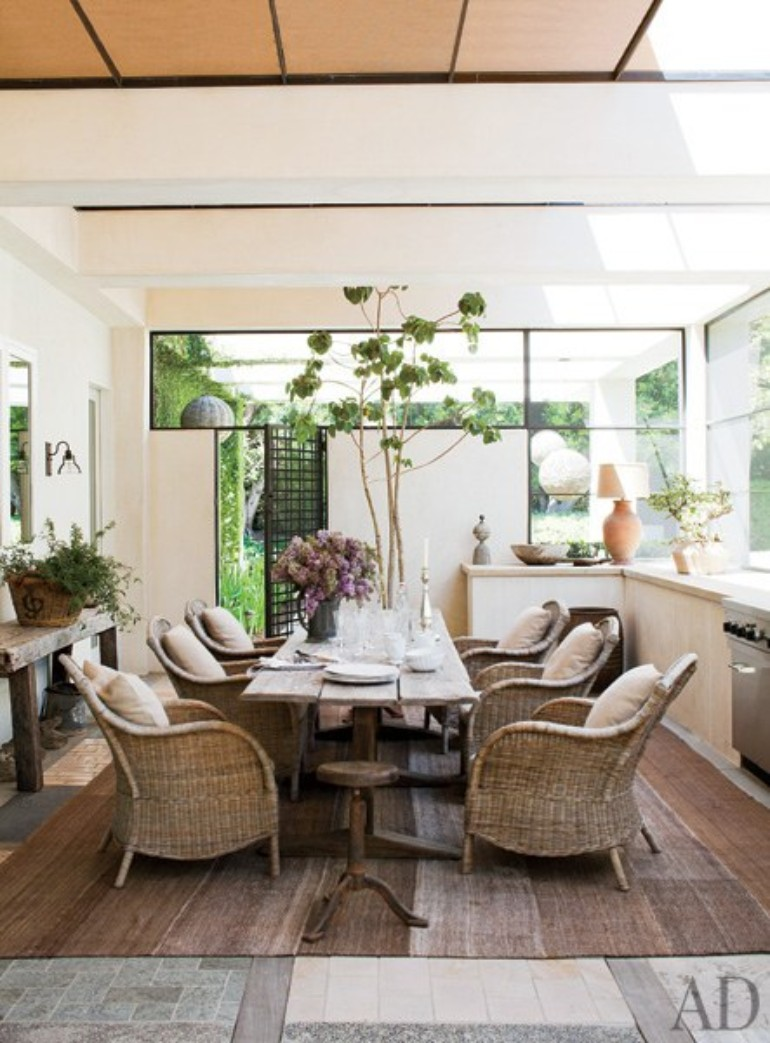Top 10 Celebrity Dining Rooms For You To Inspire Your Dining Room dining room Top 10 Celebrity Dining Rooms For You To Inspire Your Dining Room Top 10 Celebrity Dining Rooms For You To Inspire Your Dining Room