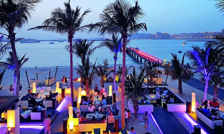 Luxury Design Bars in Dubai to Inspire Your Home Bar luxury design bars Luxury Design Bars in Dubai to Inspire Your Home Bar Luxury Design Bars in Dubai to Inspire Your Home Bar1