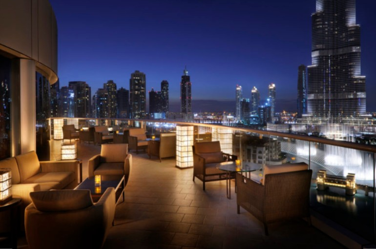 Luxury Design Bars in Dubai to Inspire Your Home Bar luxury design bars Luxury Design Bars in Dubai to Inspire Your Home Bar Luxury Design Bars in Dubai to Inspire Your Home Bar3