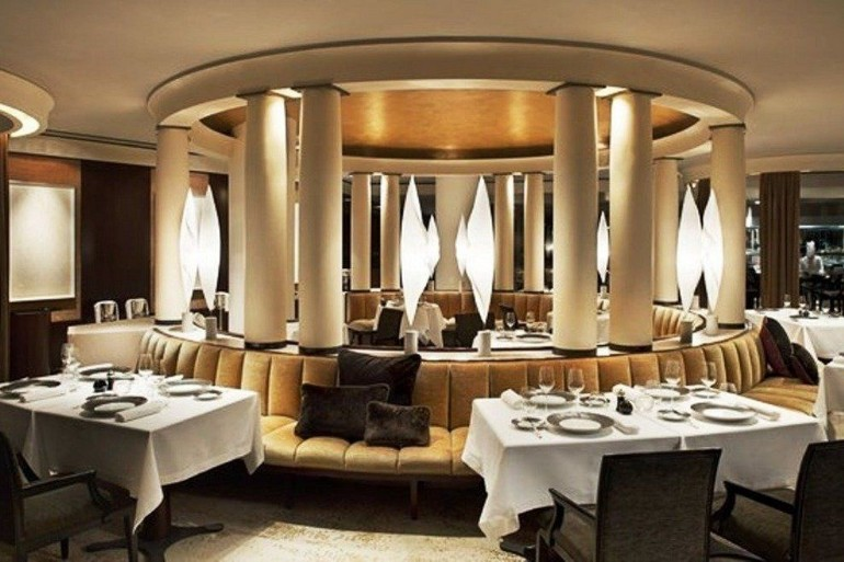 The Best Luxury Dining Room in Paris hotels dining room The Best Luxury Hotels Dining Room in Paris The best luxury hotels dining room in Paris4