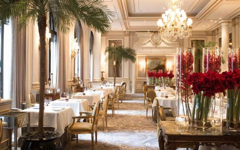 The Best Luxury Hotels Dining Room in Paris hotels dining room The Best Luxury Hotels Dining Room in Paris The best luxury hotels dining room in Paris5