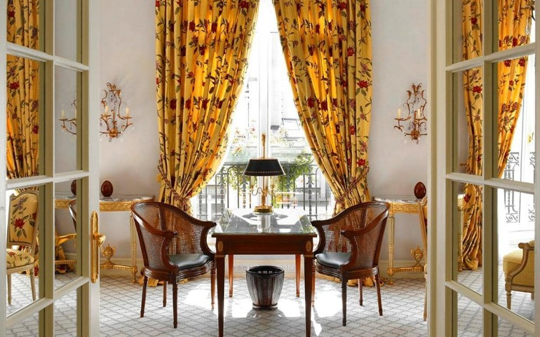 The Best Luxury Hotels Dining Room in Paris hotels dining room The Best Luxury Hotels Dining Room in Paris The best luxury hotels dining room in Paris6