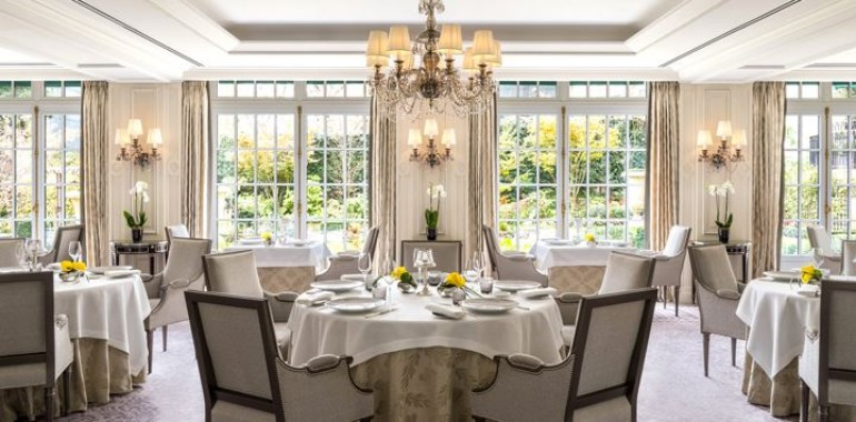 The Best Luxury Hotels Dining Room in Paris hotels dining room The Best Luxury Hotels Dining Room in Paris The best luxury hotels dining room in Paris7