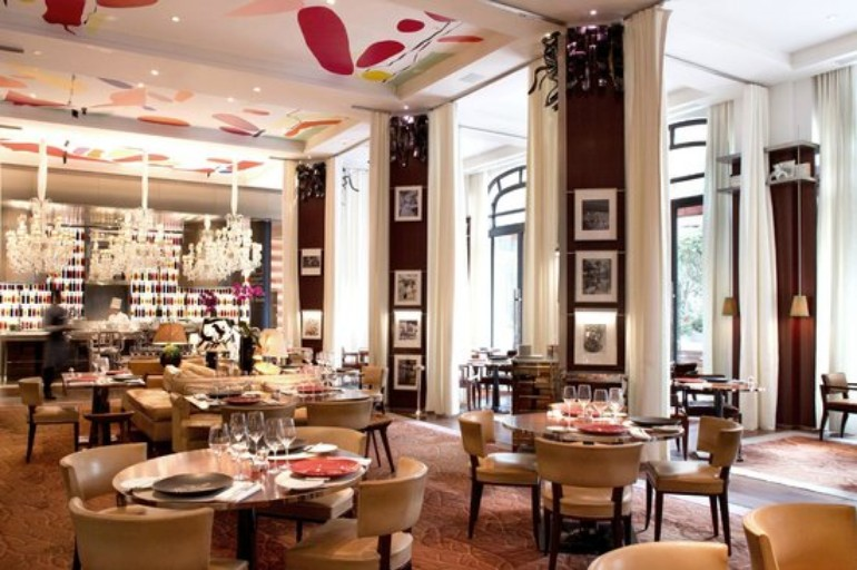 The Best Luxury Dining Room in Paris hotels dining room The Best Luxury Hotels Dining Room in Paris The best luxury hotels dining room in Paris9