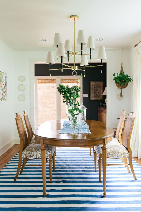 dining room tips Dining Room Tips: The Perfect Rug Dining Room Tips The Perfect Rug2 1