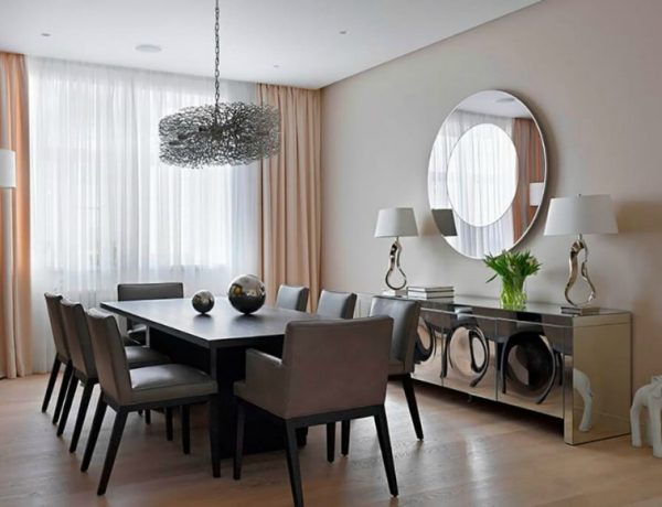 Secrets To Decorating With Dining Room Mirrors10 dining room mirrors 5 Secrets To Decorating With Dining Room Mirrors Secrets To Decorating With Dining Room Mirrors10 600x460