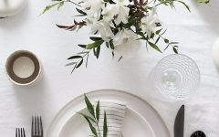 capa (3) dining room table 10 Dining Room Table Setting Ideas capa 3 240x150