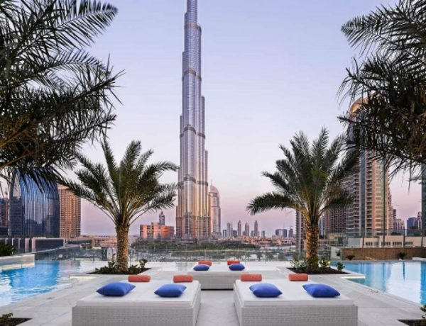 luxury design bars Luxury Design Bars in Dubai to Inspire Your Home Bar c 600x460